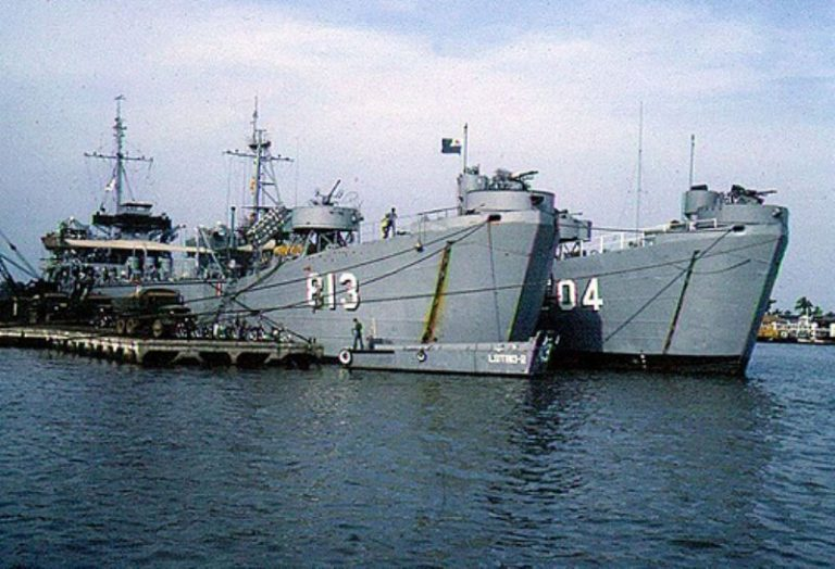 Hải Quân Chiến Binh từ bờ đến biển