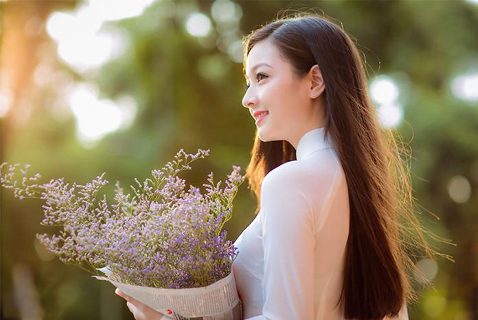 """Nhiều người phụ nữ càng nhìn càng xinh đẹp, bí quyết là ở 3 chữ """"Tự"""""""