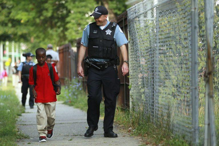 Xã hội không cảnh sát?
