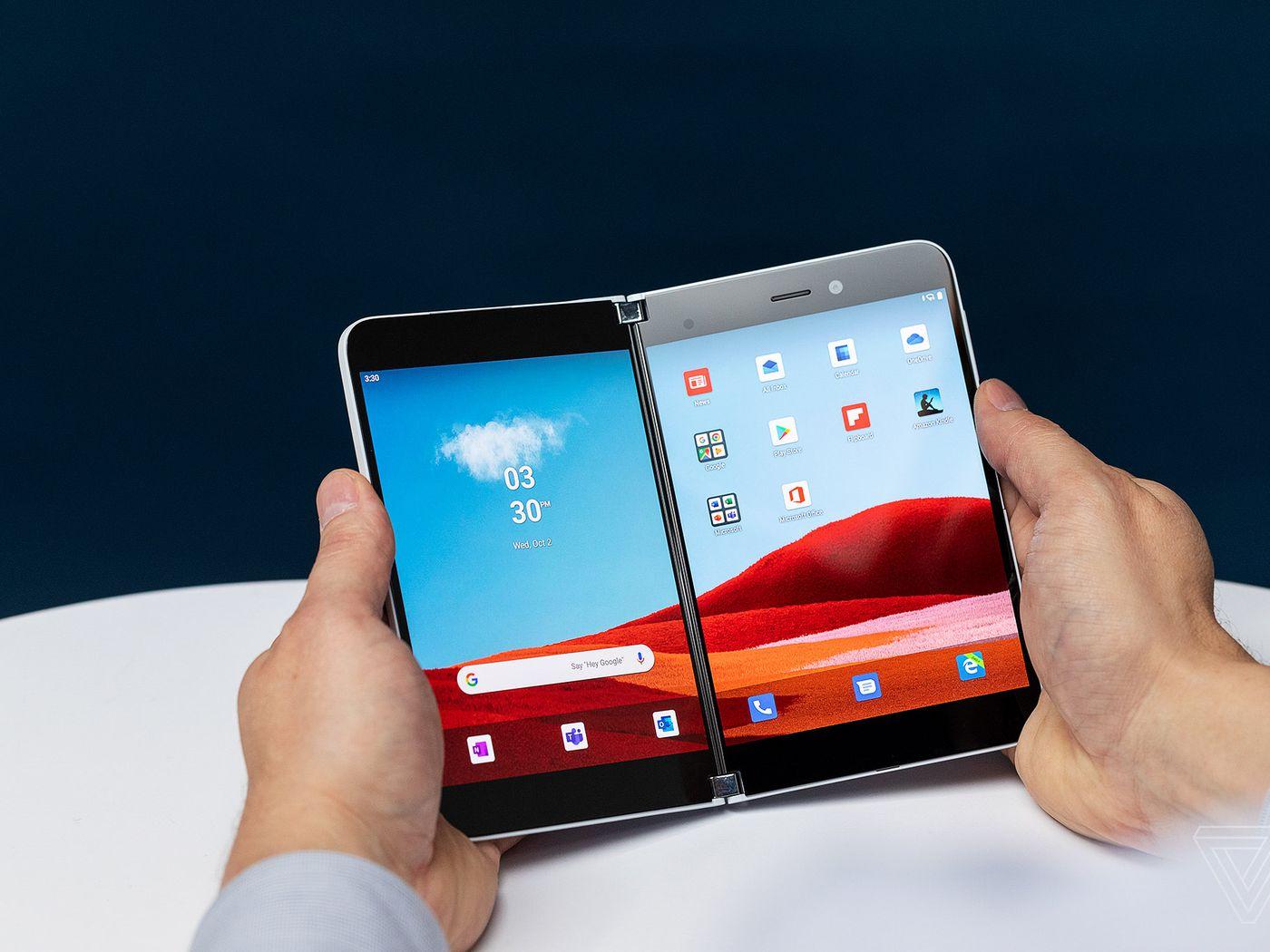 Surface Duo, sản phẩm chung của hai đối thủ