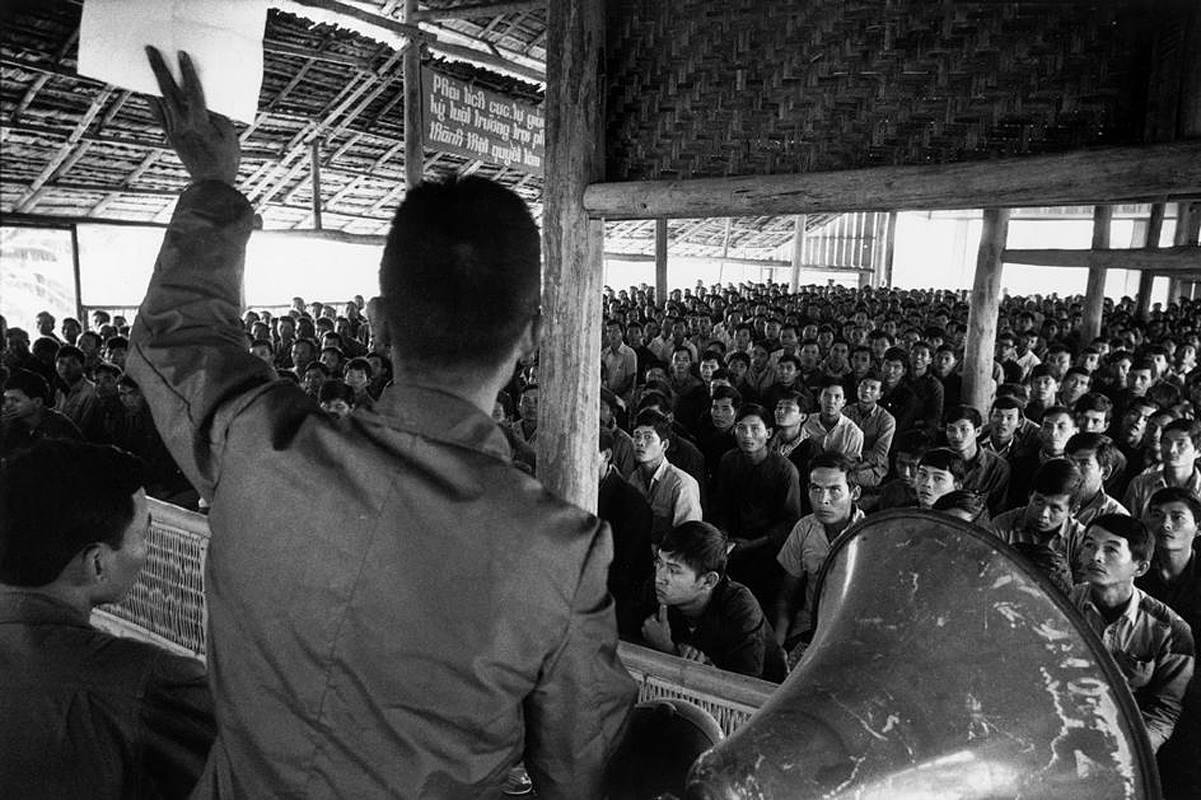 Cha Phạm Minh Trí, những năm tháng tù đày