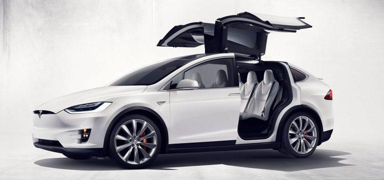 Consumer Report: Xe hơi Tesla đứng áp chót