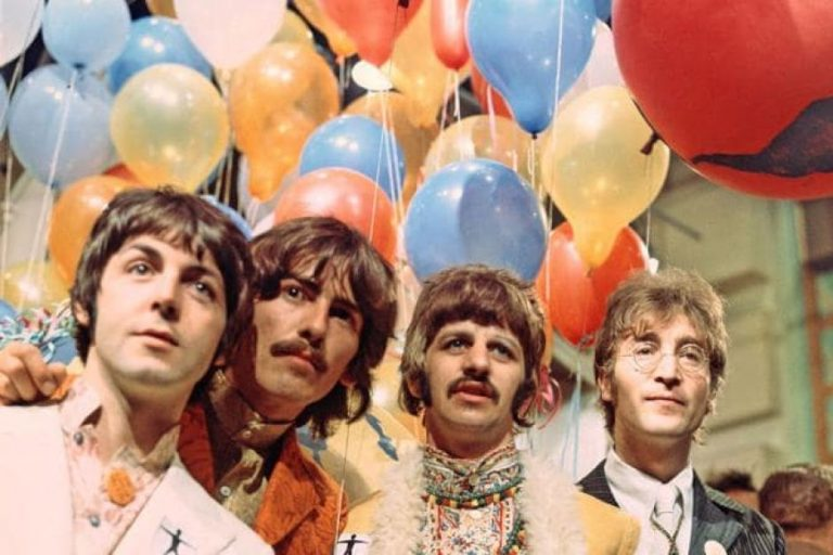 Hâm mộ The Beatles đến khó tin
