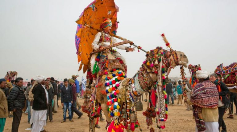 Sắc màu lễ hội sa mạc Jaisalmer