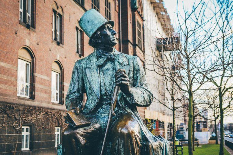 Những điều ít biết về ông hoàng truyện cổ tích Andersen