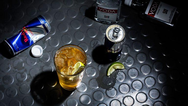 Người tỉnh trong cơn say