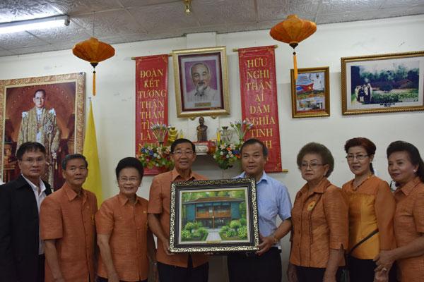 Thầu Chín ở Xiêm & Việt kiều ở Thái